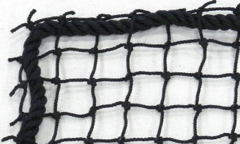Sports netting panel with rope border