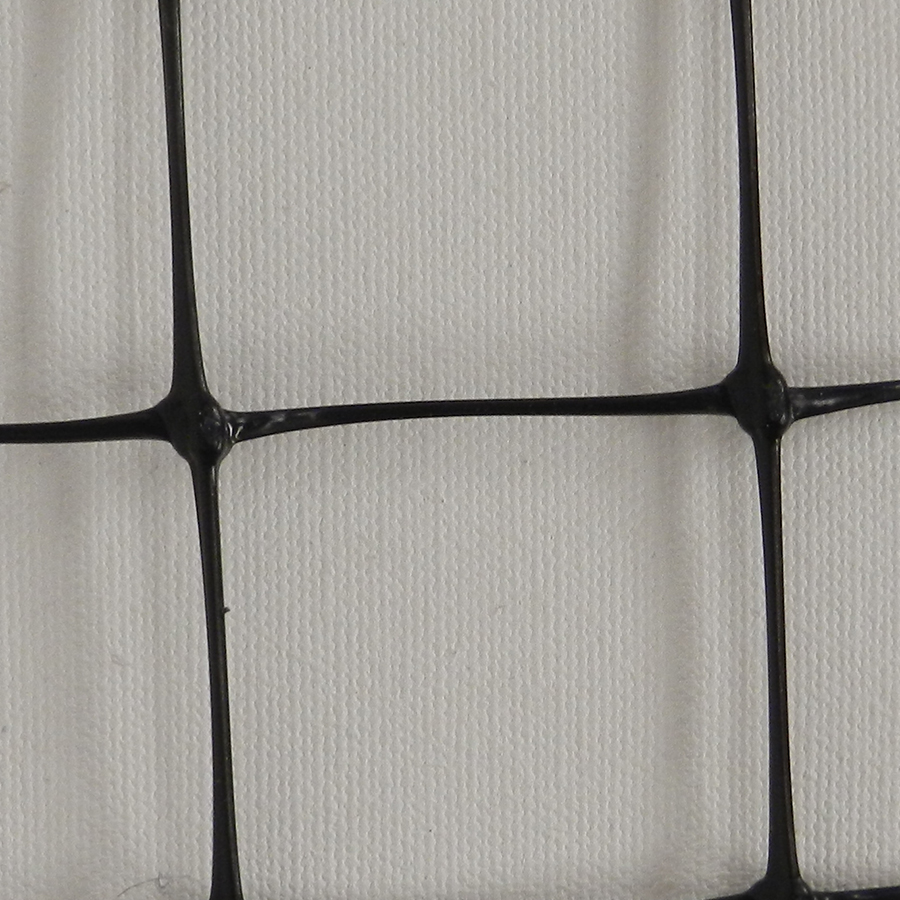 Plastic netting rolls, fencing products, large selection.