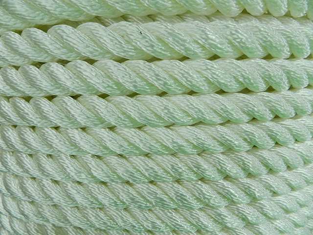 Nylon 3 Strand Close Up